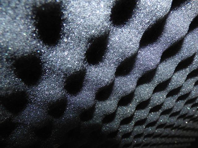 panele akustyczne - pianka akustyczna